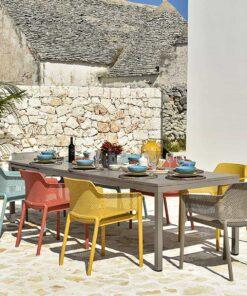 conjunto de mesa y sillas de jardin exterior marca nardi modelo rio